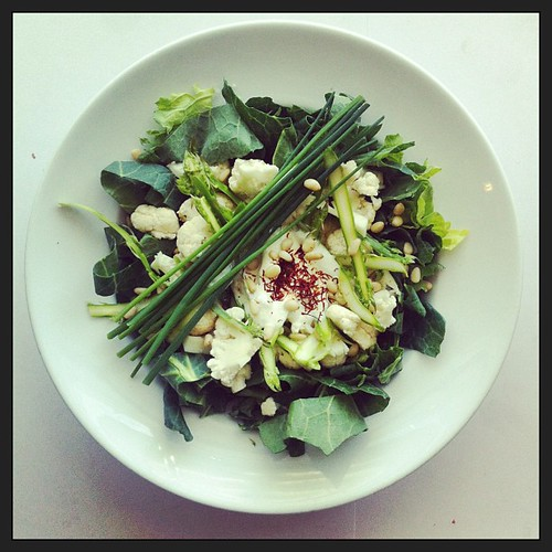 Asparagus, cauliflower, pinenuts and saffron cream by Salad Pride