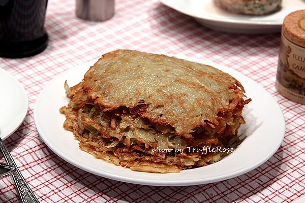 馬鈴薯煎餅、肉舖漢堡和小牛肉捲-Belgium-20120617