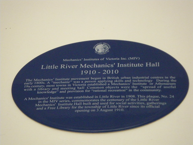 Photo of Little River Mechanics' Institute Hall blue plaque