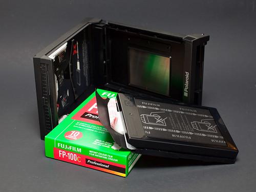 GS-1 Polaroid back/Fuji FP-100c
