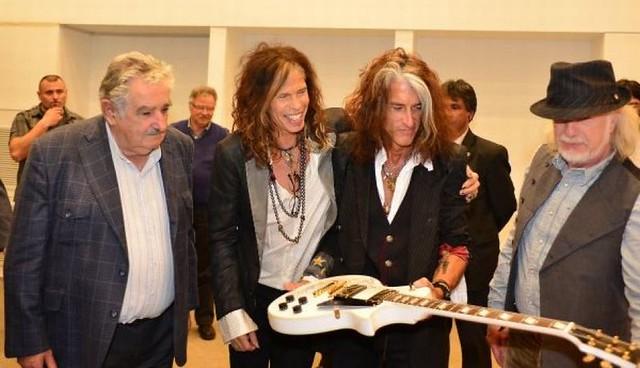 Así fue el encuentro entre José Mujica y la banda Aerosmith