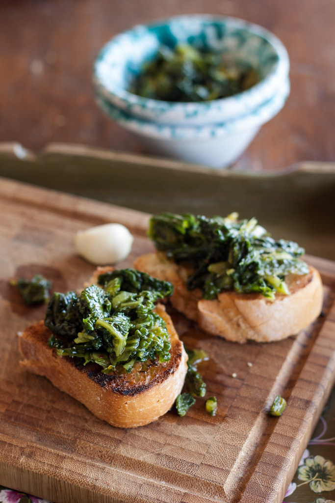crostoni with cavolo nero
