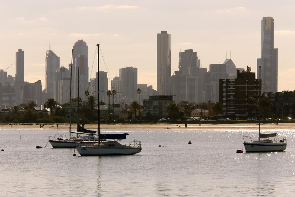 CITY SKYLINE, ST KILDA, MELBOURNE  ©