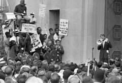 Rights protesters face off with Kennedy: 1963