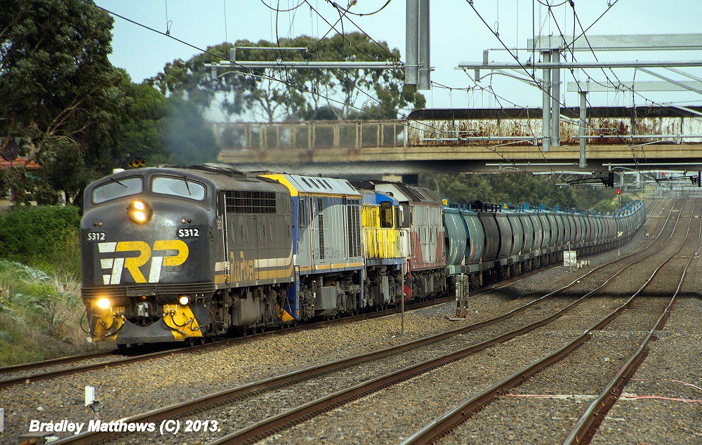 S312-EL54-45s1-G535 with 6MC7 down empty ex ELZ SG Grain to Oaklands at Coolaroo (3/5/2013) by Bradley Matthews
