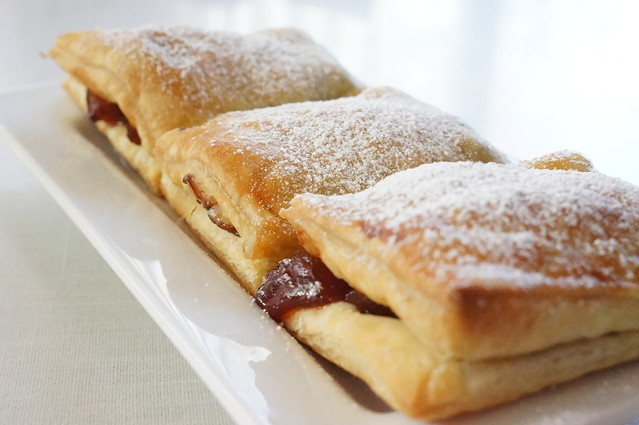 Simply Good Eating » Pastelitos de guayaba (Guava & Cheese ...