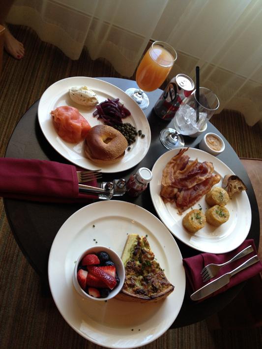 040913_01_breakfast01