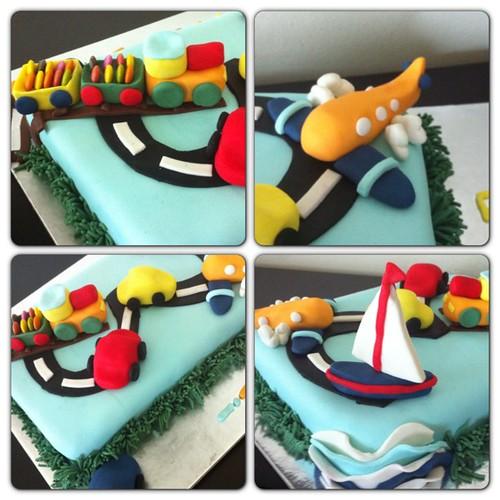 #tasitlarpasta #traincake #carscake #planecake #sugarpaste #sugarart #sekerhamurlupastalar by l'atelier de ronitte