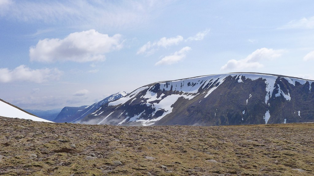 Slopes above the Lairig Ghru