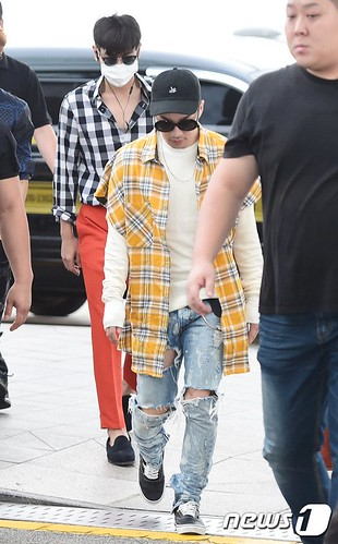 BIGBANG Departure Seoul to Macao Press 2016-09-03 (4)