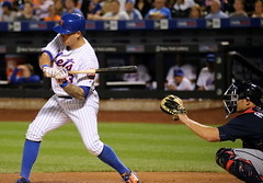 Mets shortstop Asdrubal Cabrera awaits a pitch in the first inning.