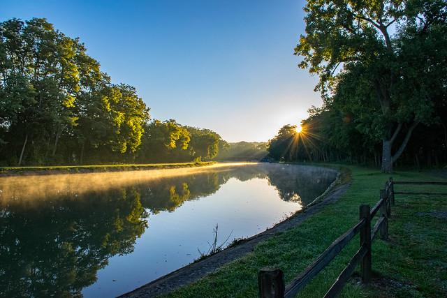 Sunrise in Bushnell's Basin