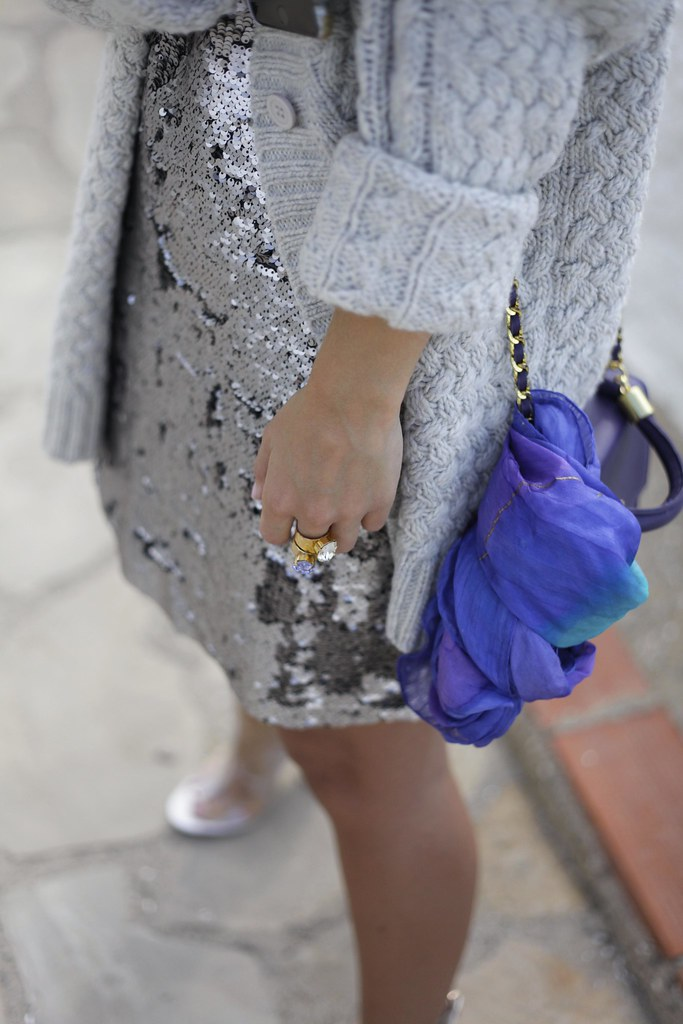015_casual_outfit_sequins_and_cardigan_Mysundaymornig_theguestgirl_blogger_barcelona_influencer