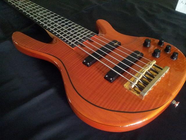 Trb jp 1 john patitucci signature series 6 strings for Yamaha 6 string bass