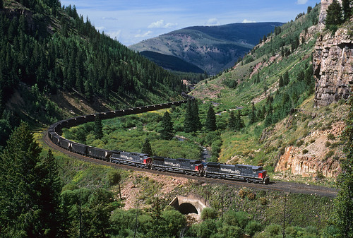 railroad mountains train colorado curves sp co ge southernpacific pando redcliff coaltrain tennesseepass ac4400cw unittrain ctrn formerriogrande