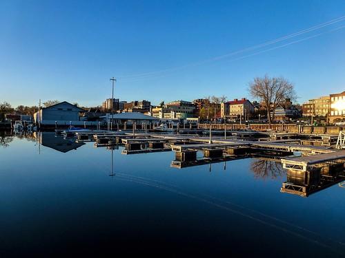 sunset burlington docks vermont waterfront unitedstates