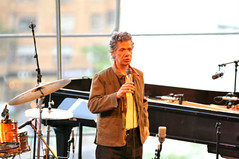 Chick Corea opening up the session