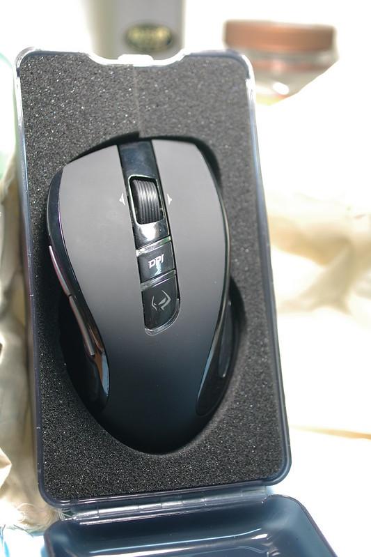 【手感開箱】好握滑鼠 M6980X