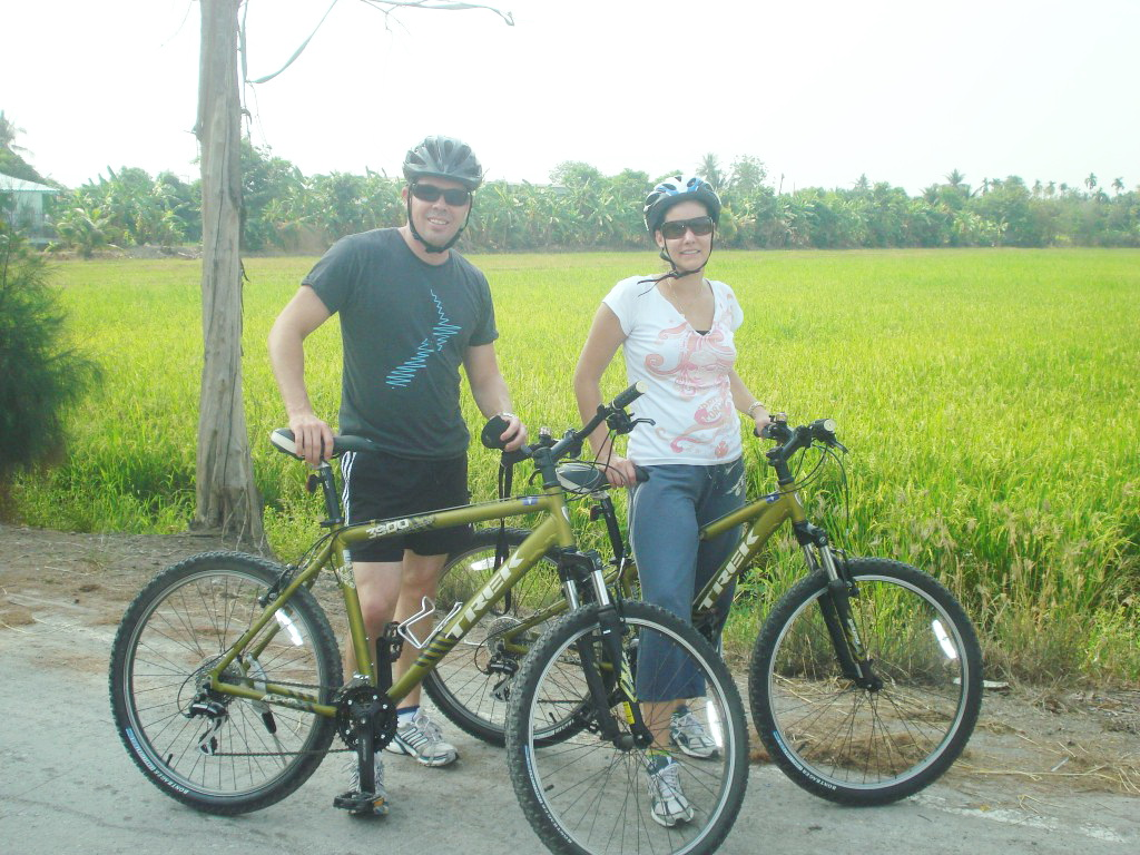 adventure cycling in Bangkok