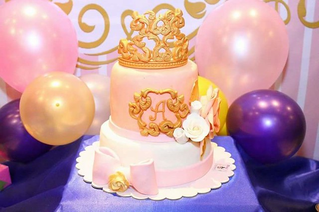 MHayo Fausto Princess Royal Theme Cake by MHayo Fausto of Sweeties_Bite