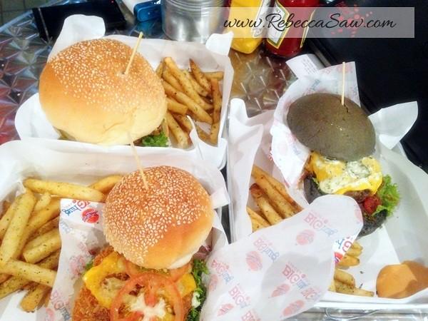 big hug burger subang - ss15-007