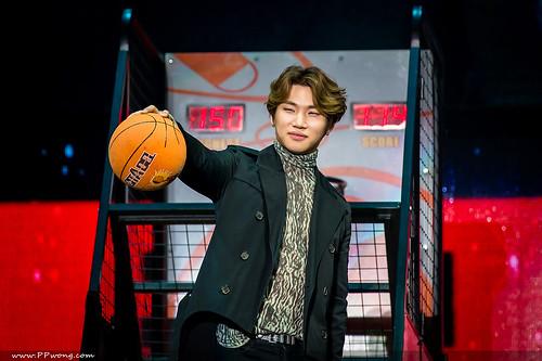 BIGBANG FM Shenzhen HQs 2016-03-13 (14)