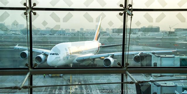 AIRBUS A380-800 (A6-EDD) EMIRATES AIRLINES | DUBAI | DXB-OMDB