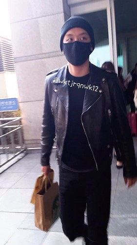 Big Bang - Incheon Airport - 10apr2015 - Seung Ri - wktjrqnwk12 -  04