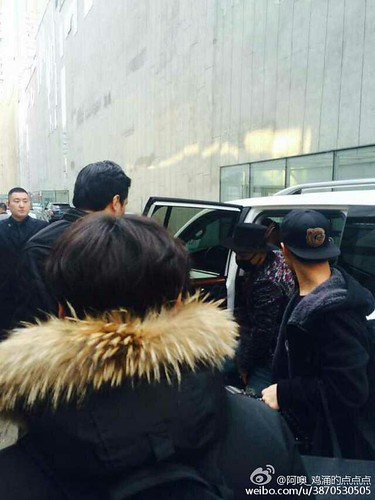 Big Bang - Harbin Airport - 21mar2015 - Tae Yang - 阿噢_鸡涌旳点点点 - 01