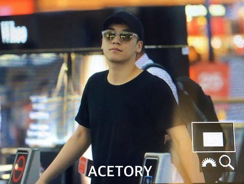 BIGBANG departure Seoul to Macao 2016-09-03 (12)
