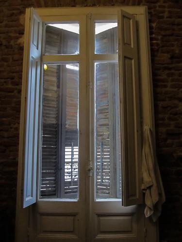 Montevideo: notre chambre aux grandes fenêtres