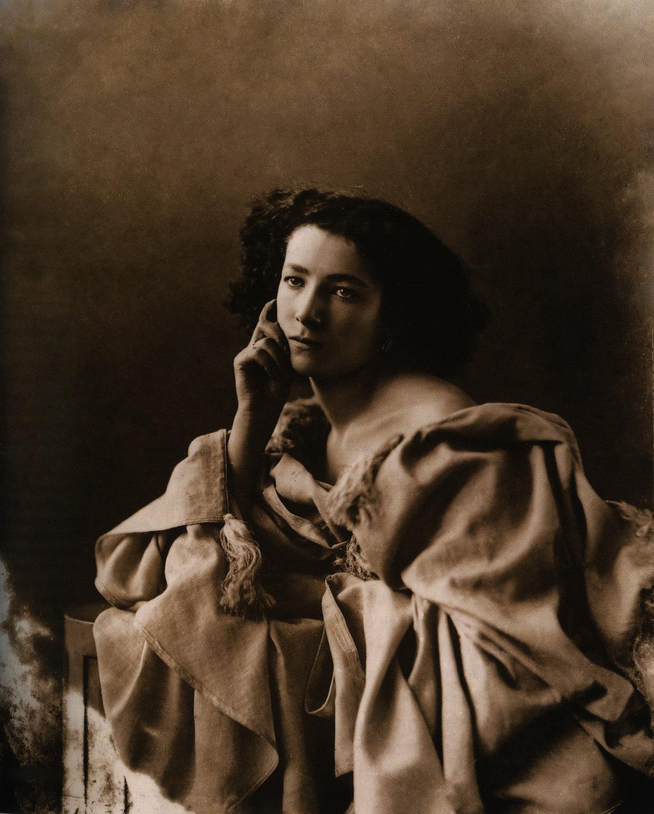 Sarah Bernhardt by Félix Nadar