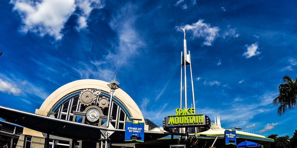 Space Mountain sign