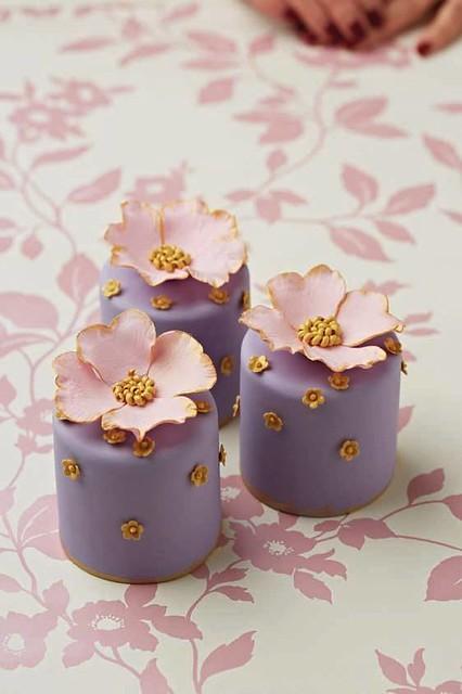 Mini Cake by Cake Decorating