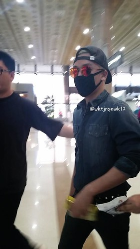 Big Bang - Gimpo Airport - 05jun2015 - Seung Ri - wktjrqnwk12 - 03