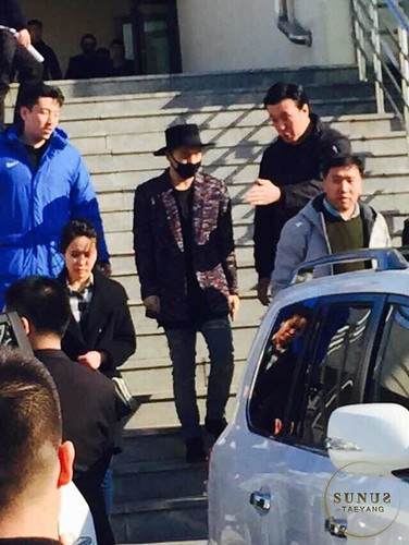 Big Bang - Harbin Airport - 21mar2015 - Tae Yang - _SUNUS_ - 03