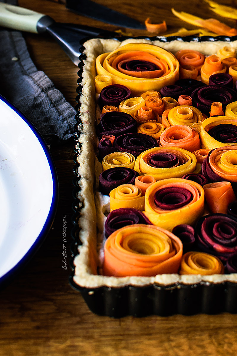 Pastel salado de rosas de zanahoria