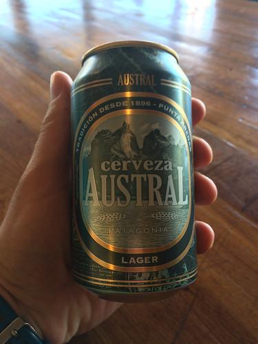 Torres del Paine: trek du W. Jour 5: après l'effort, le réconfort... Trèsb onne bière chilienne !
