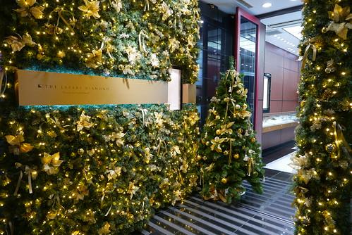 銀座 ラザールダイヤモンド クリスマスツリー
