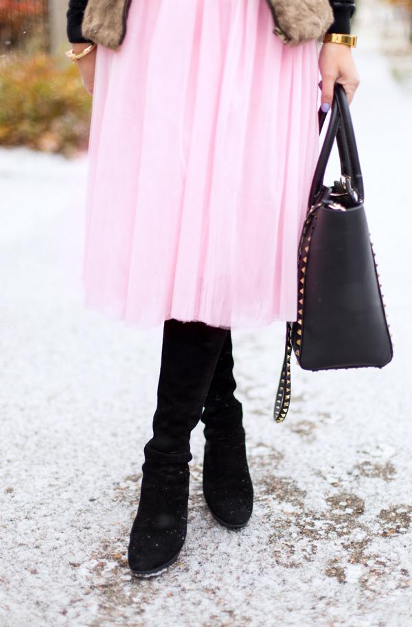 tulle skirt + stuart weitzman boots