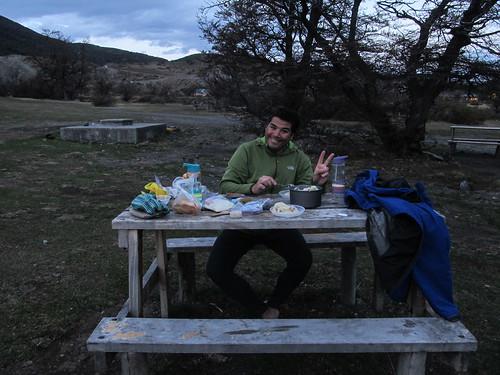 Torres del Paine: purée et saucisses Knacki en guise de repas du soir ;)