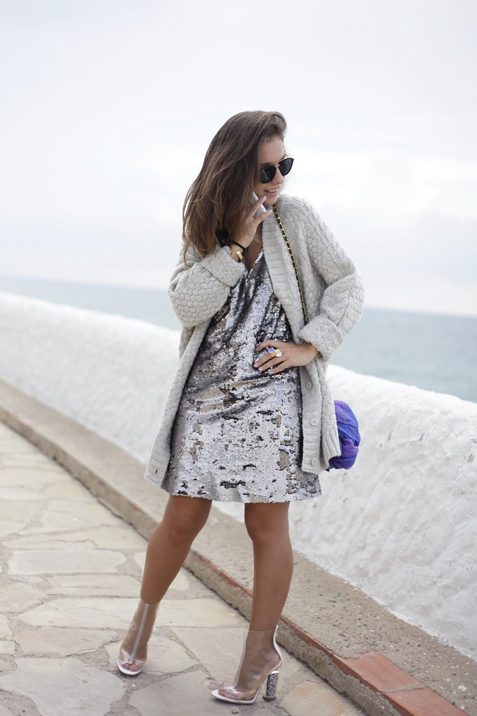 01_casual_outfit_sequins_and_cardigan_Mysundaymornig_theguestgirl_blogger_barcelona_influencer