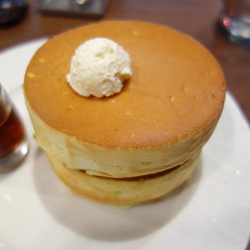 スフレパンケーキ(ダブル)。美味しかった。