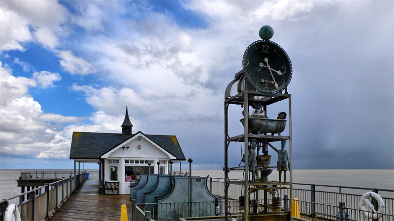 Southwold Pier Waterclock