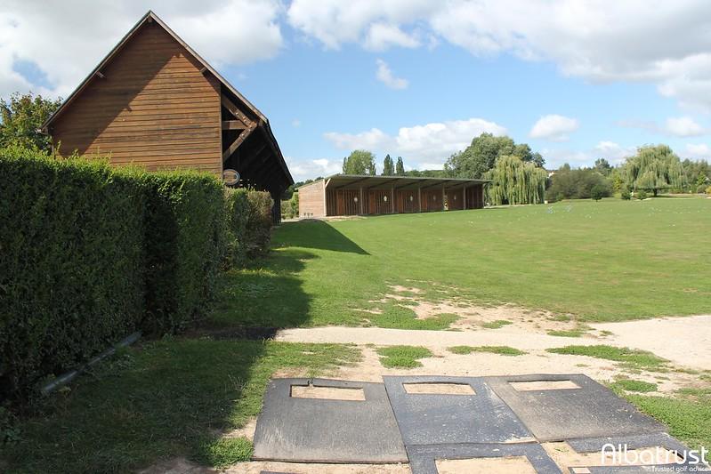 photo du golf Golf De Villennes - Practice - Putting green
