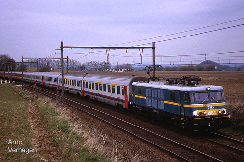 2001. NMBS 1504 tussen Genly en Blaregnies