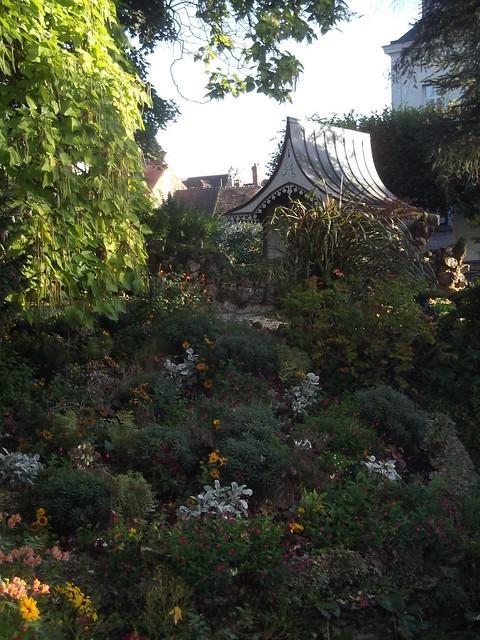 Petite composition dans un jardin d'Arpajon