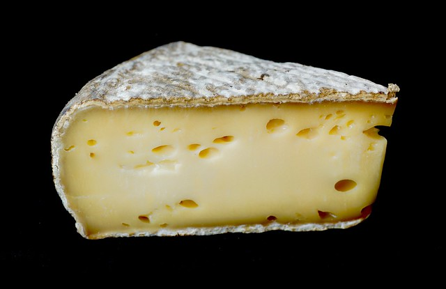 TOMME DE SAVOIE   -   A VERY TASTEFUL CHEESE FROM THE FRENCH ALPS, REGION SAVOIE.