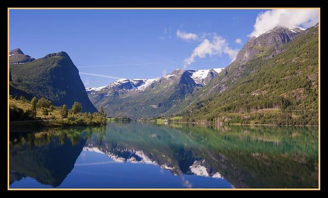 FIORDO - REFLEJO (Noruega)