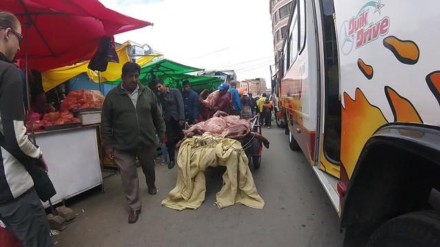 Mmmmh, lecker! Auf dem Markt von El Alto